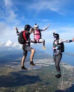 Team IBR.US Skydiving The Human Baton Race